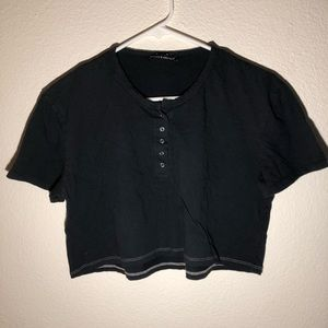 Brandy Melville Cropped Button Tee
